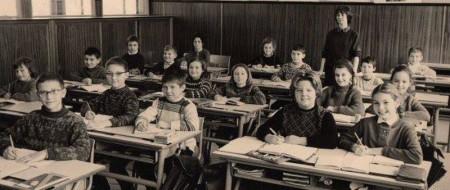 1914 : la loi sur l'obligation scolaire